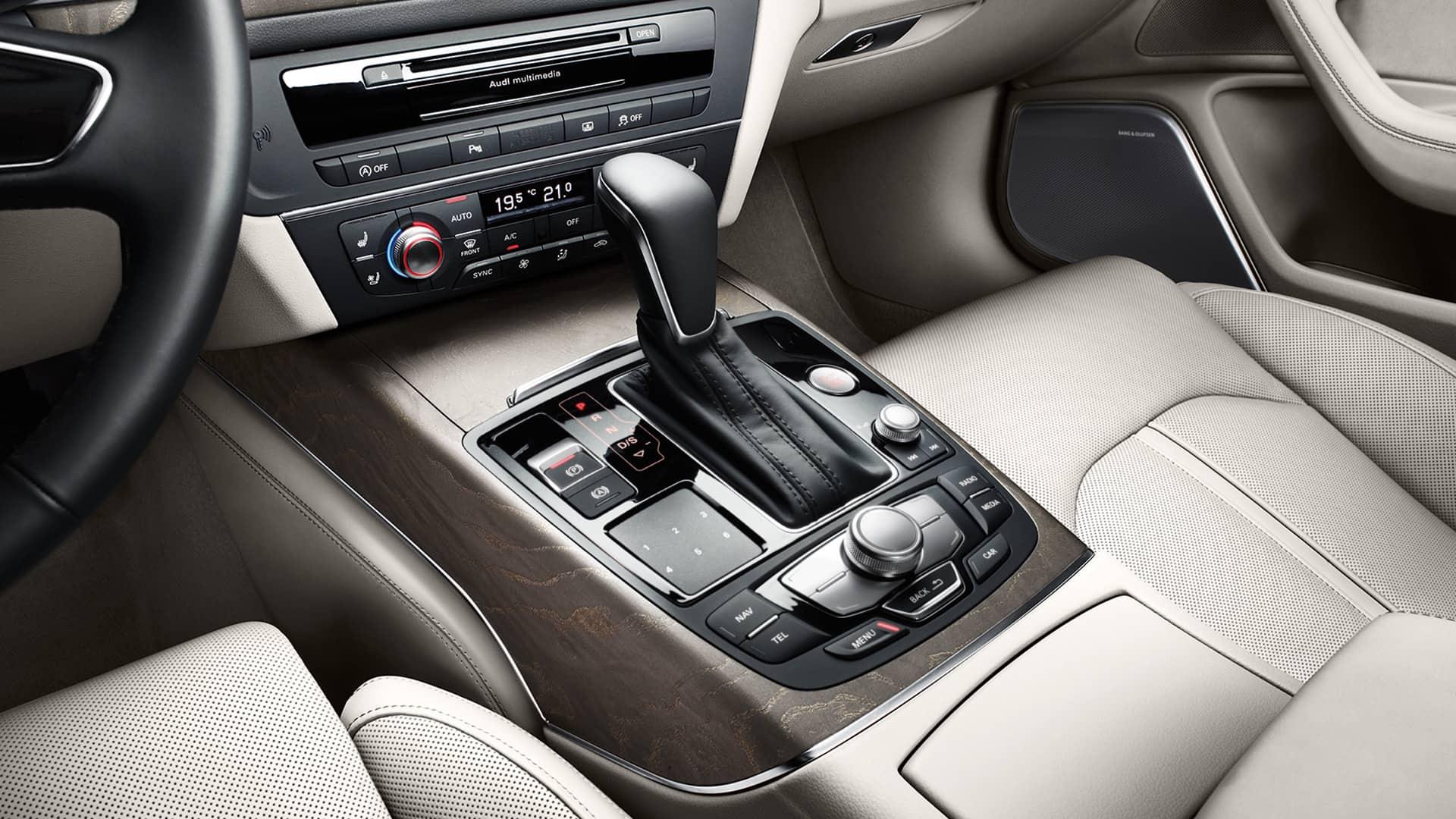 A Sedan A Audi India - A6 audi