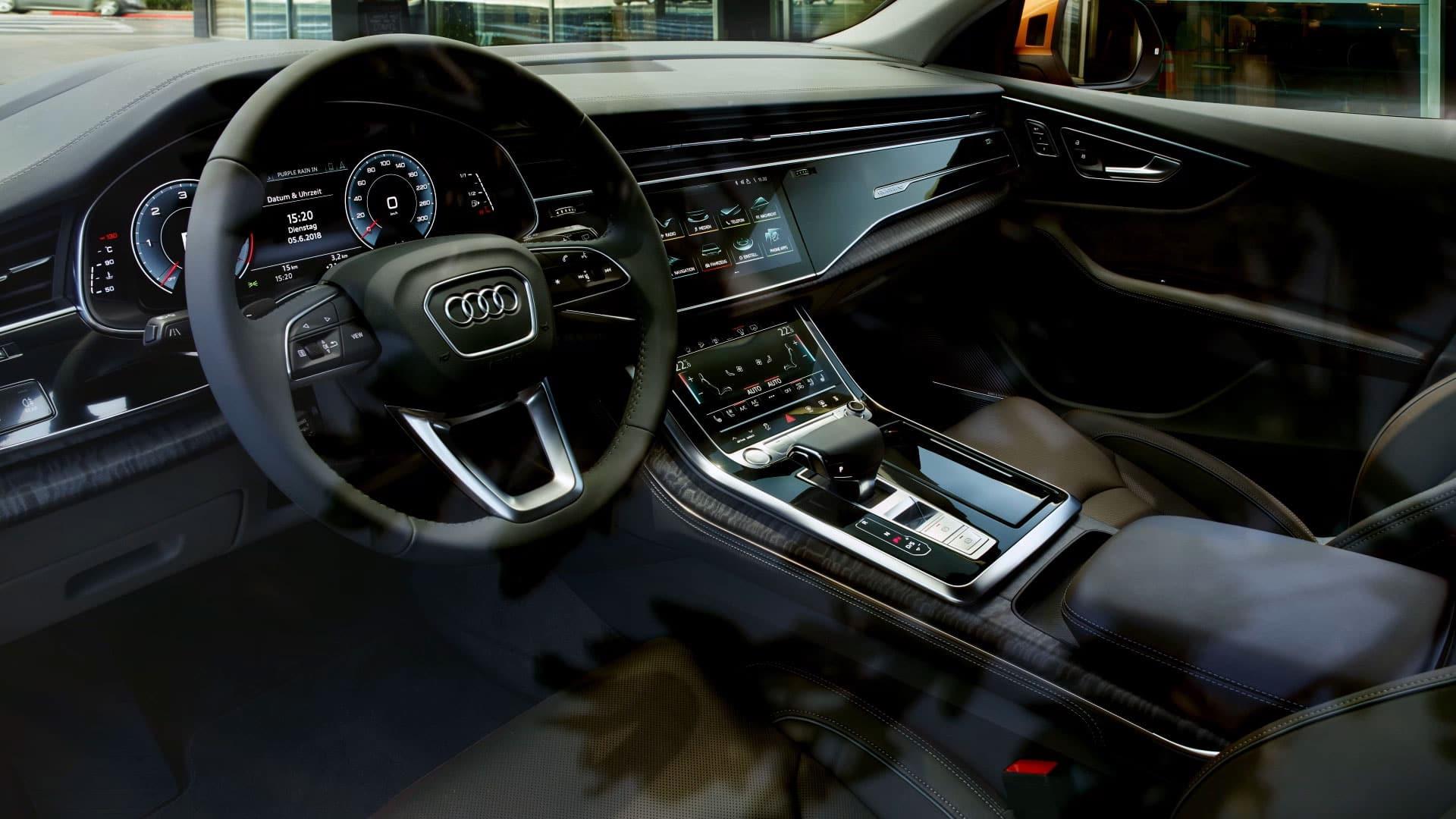 Kelebihan Audi Q 8 Perbandingan Harga